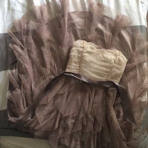 Dresses & Skirts - White and blush dress
